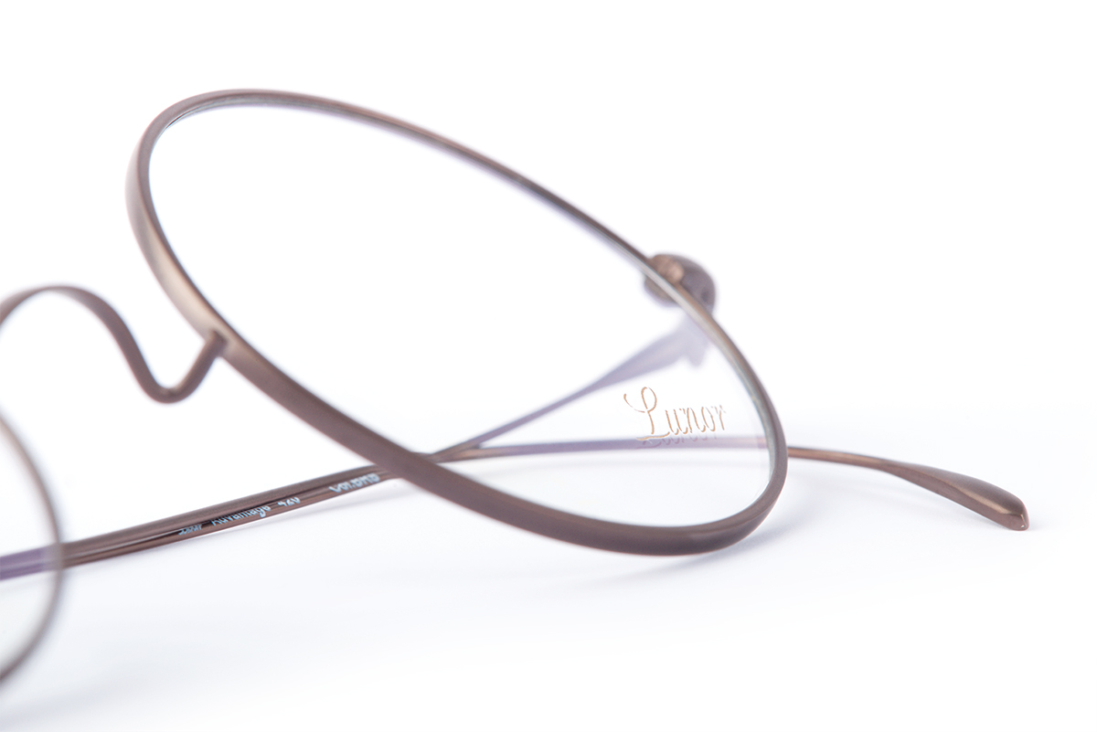 Lunor Advantage titanium glasses